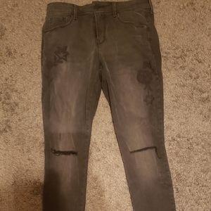Old Navy Rockstar skinny floral embroidered jeans